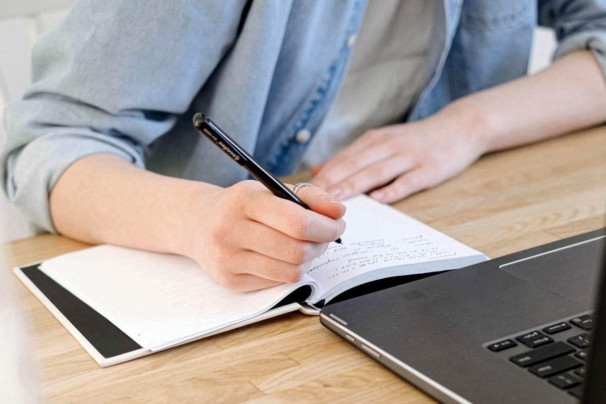 Quanto costa far scrivere gli articoli per un blog aziendale?